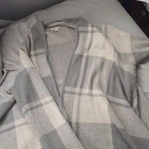 Beautiful grey & cream shrug